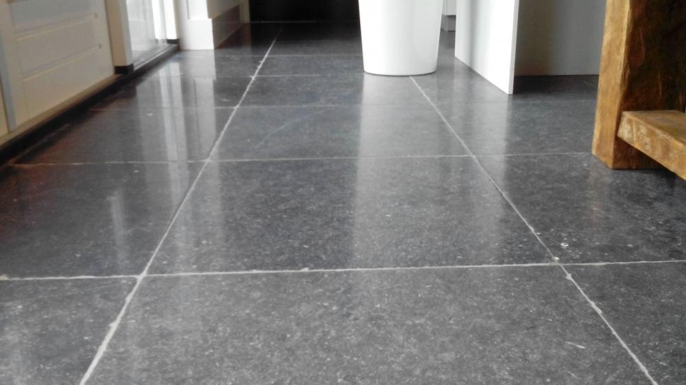 Linoleum Vloer Onderhoud : Vloeronderhoud zwolle natuursteen linoleum tapijt of siergrind